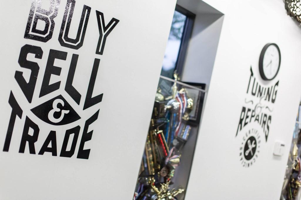 Buy_Sell_TradeAA